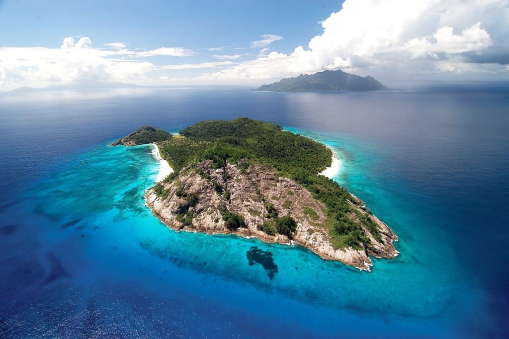 north-island-seychelles-aerial-view